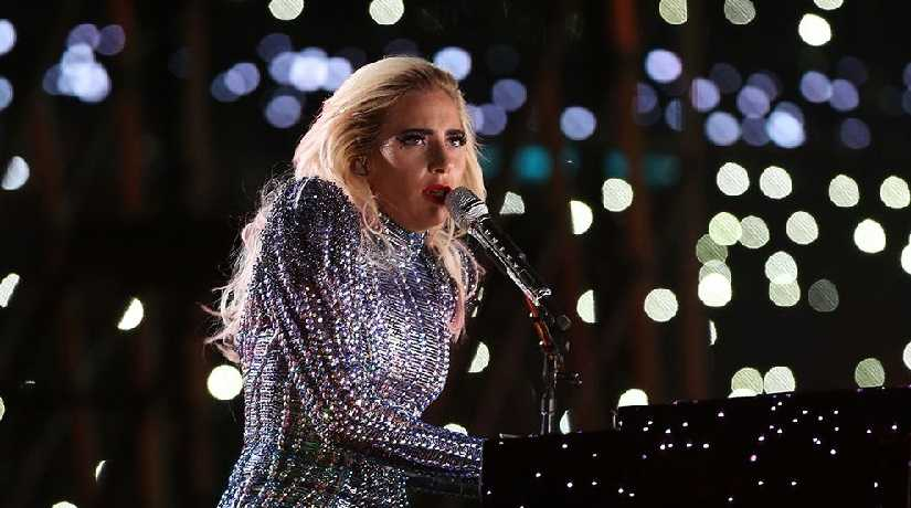Lady Gaga to rerelease Artpop without R Kellys track after sexual harassment allegations against RB singer