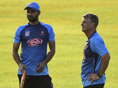 File image of Bangladesh captain (L) Masharafe Mortaza and coach Steve Rhodes. AFP