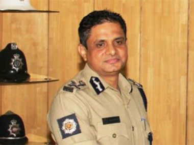 Kolkata top cop Rajeev Kumar faces CBI questioning over Saradha and Rose Valley chit fund scams for fourth day in a row