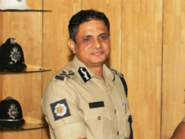 CBI to question Kolkata police commissioner Rajeev Kumar over Saradha chit fund scam for the second day on Sunday