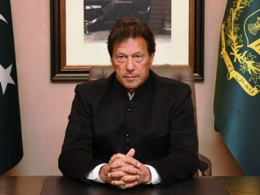 Imran Khan orders probe into abduction of Hindu girls in Pakistan Fawad Chaudhry Sushma Swaraj trade barbs over incident