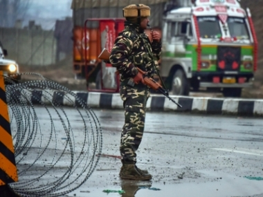 Pulwama terror attack NIA raids 11 locations in south Kashmir including homes of JeM members Sajjas Bhat and Mudassir Ahmed Khan