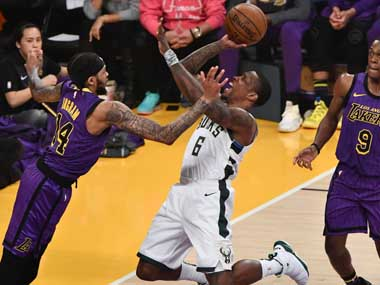 NBA Milwaukee Bucks hold off LA Lakers to extend winning run Zach LaVines careerhigh 47 points power Chicago Bulls to victory