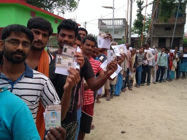 Lok Sabha polls 6466 percent voter turnout in third phase EVM malfunctions killing of man in West Bengal mar polling
