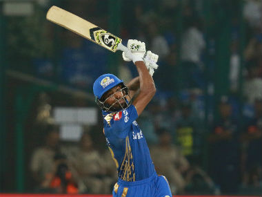 Hardik Pandya's 15-ball 32 helped Mumbai Indians make up for a slowdown in the middle overs. Sportzpics