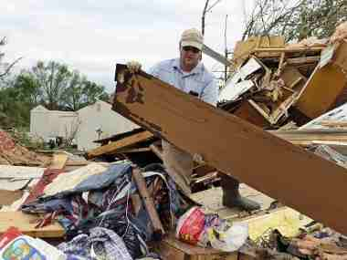 Powerful storms sweep through southern US kill 8 people including three children dozens sustain injuries