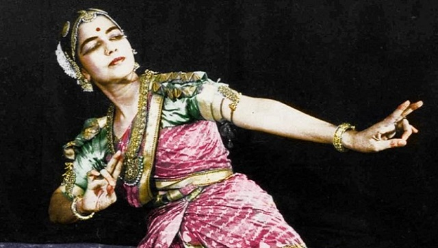 Fashioning the dancing body Tracing the evolution of the Bharatanatyam costume from Devadasis to modern times