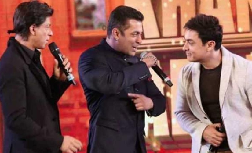 Shah Rukh Salman Aamir reportedly meet at Mannat sparking rumours of a possible collaboration