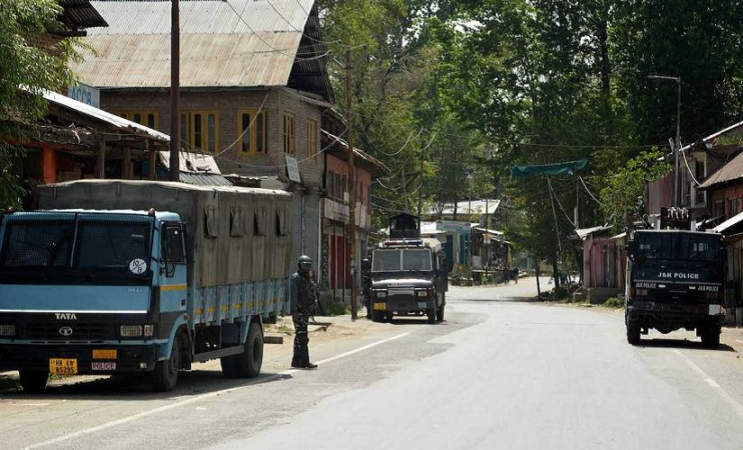 Lok Sabha election In Kulgam vacant polling booths and deserted streets tell the story of a disgruntled people