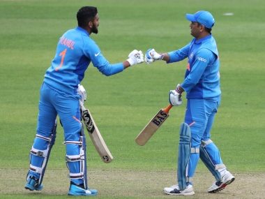 KL Rahul (L) and MS Dhoni stitched 164-run stand for the 5th wicket. AP