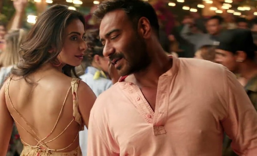 De De Pyaar De song Mukhda Vekh Ke Ajay Devgn Rakul Preet feature in reprised version of Surjit Bindrakhias track