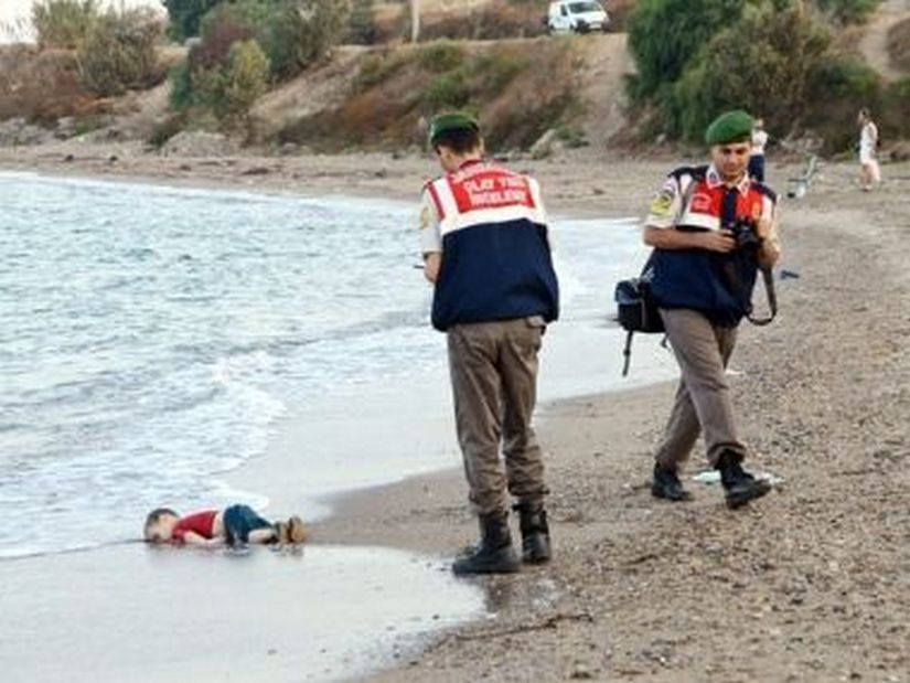 From drowned Salvadorian immigrants to The Girl in the Blue Bra a look at most striking images depicting global crisis