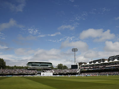Britain Cricket - England v Sri Lanka - Third Test - Lord?s - 12/6/16 General view as play starts after lunch Action Images via Reuters / Andrew Boyers Livepic EDITORIAL USE ONLY. - 14433985