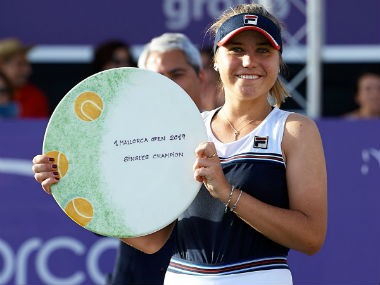 Mallorca Open Open Sofia Kenin saves three match points against Belinda Bencic to claim womens singles title