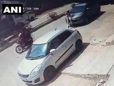 Homeguard jawan tries to stop BJP leader Satish Kholas car for violating traffic rules gets dragged on bonnet for 200 metres