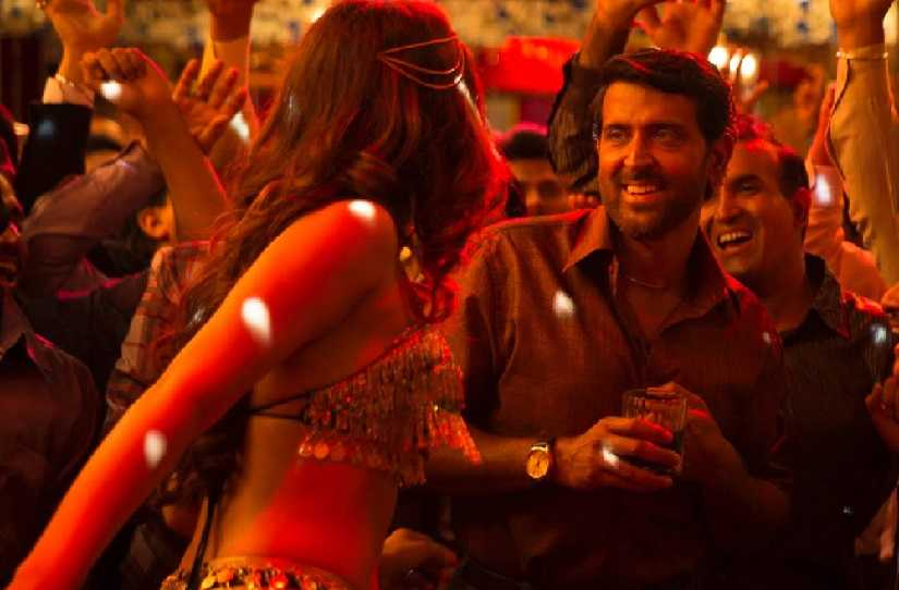 Super 30 New song Paisa captures Hrithik Roshans journey from struggles to success