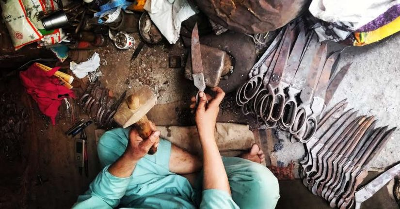 Kainchi Bazaar Meeruts scissor industry faces a slow death amid low profit margins competition