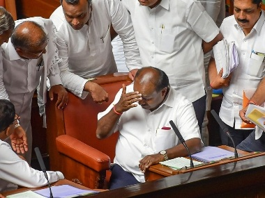 Supreme Court order on Karnataka crisis jolt to shaky Kumaraswamy govt allows rebel MLAs to escape disqualification as members of House
