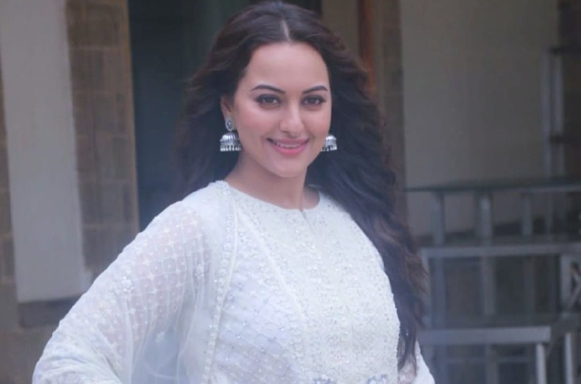 Coronavirus Outbreak Sonakshi Sinha to auction her artwork to raise funds for those affected by lockdown