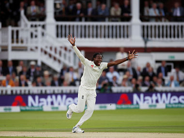 Cricket - Ashes 2019 - Second Test - England v Australia - Lord's Cricket Ground, London, Britain - August 16, 2019 England's Jofra Archer celebrates taking the wicket of Australia's Cameron Bancroft Action Images via Reuters/Paul Childs - RC1409A49D00