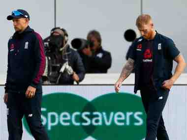 Cricket - Ashes 2019 - Fourth Test - England v Australia - Emirates Old Trafford, Manchester, Britain - September 8, 2019 England's Joe Root and Ben Stokes look dejected after Australia win the match and retain the Ashes Action Images via Reuters/Jason Cairnduff - RC1706EA60F0