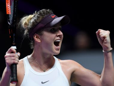 WTA Finals 2019 Elina Svitolina downs Simona Halep in straight sets through to the semifinals