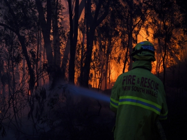 Australia bushfires New South Wales battles catastrophic wildfires PM Scott Morrison rushes home from family vacation in Hawaii