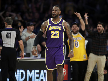 NBA Anthony Davis LeBron James combine to score 51 points as LA Lakers secure victory over Miami Heat
