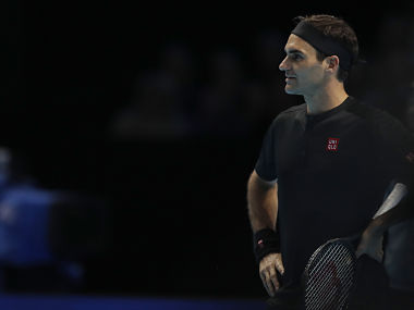 ATP Finals 2019 Roger Federer faces tough task to qualify for semis after straight sets defeat against Dominic Thiem