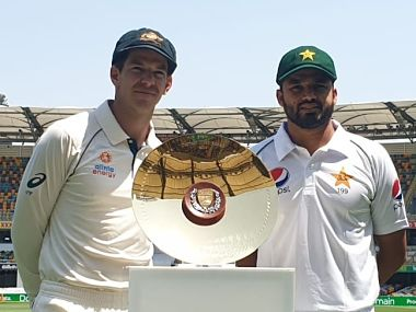 Australia skipper Tim Paine and his Pakistan counterpart Azhar Ali pose with the trophy. Image: Twitter @TheRealPCB