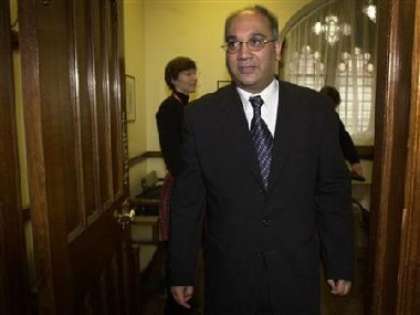 Keith Vaz longestserving UK MP of Indian origin announces retirement in wake of drugs scandal