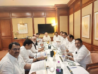 Presidents Rule in Maharashtra NCP Congress discuss common minimum programme Amit Shah challenges rivals to form govt