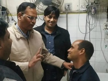 Delhi firefighter Rajesh Shukla who saved eleven people from Anaj Mandi blaze hailed as a hero