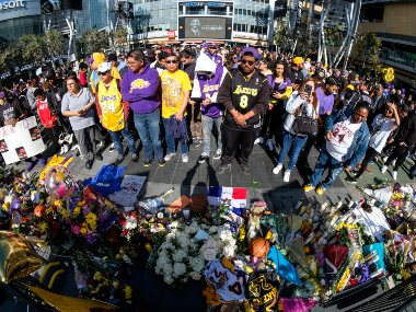 NBA postpones Los Angeles Lakers next game against Clippers after Kobe Bryants death