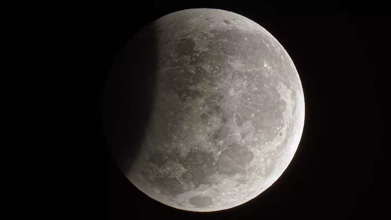 Lunar eclipse 2020: Check India timings, peak time