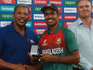 Bangladesh skipper Akbar Ali was presented the player of the match award in the final. Photo ICC