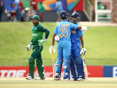 Divyaansh Saxena and Yashasvi Jaiswal hug during India's match against Pakistan at the ICC U-19 World Cup 2020. Image: Twitter/CricketWorldCup