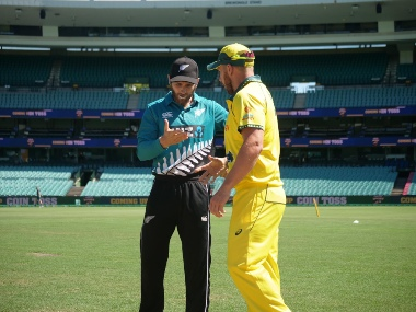 New Zealand captain Kane Williamson (L) and Australia skipper Aaron Finch wonder to shake hands or not keeping the health guidelines in mind. Image: @cricketcomau