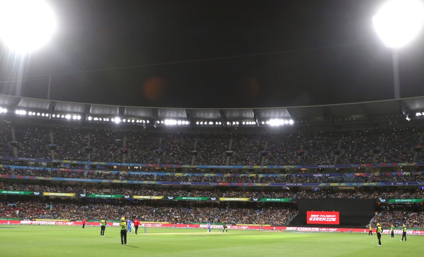 Fans nearly fill the Melbourne Cricket Ground during the Women's T20 World Cup cricket final match between Australia and India in Melbourne, Sunday, March 8, 2020. (AP Photo/Asanka Ratnayake)