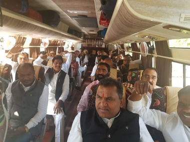 MP political crisis 95 Congress MLAs reach Bhopal airport to leave for Jaipur as party scrambles to save Kamal Nath govt