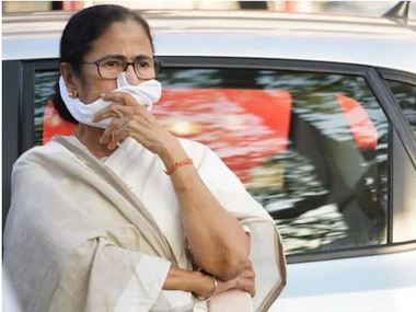 Mamata Banerjee gives big zero to Centres Rs 20 lakh crore economic package says it has nothing for unorganised sector