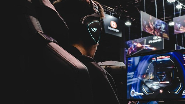 Year in Review 2020 Technological shift soaring popularity highlight productive year for eSports and gamig