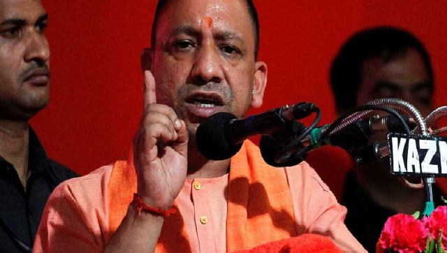 Yogi Adityanath directs officials to provide registration facilities through mobile apps for returning migrant workers