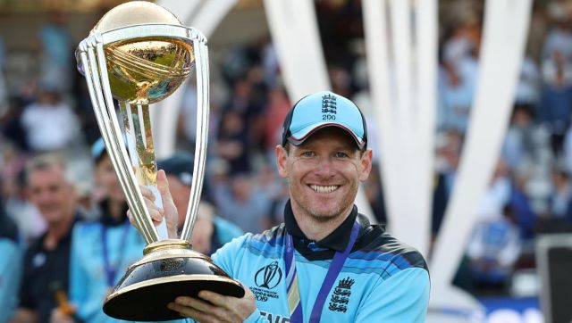 Eoin Morgan with the ODI World Cup trophy. Reuters