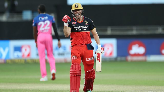 AB de Villiers smashed 55 off 22 to help RCB win from a losing position against RR. Image: Sportzpics for BCCI