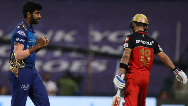 RCB's batting order failed to fire in middle overs against MI. Image: Sportzpics