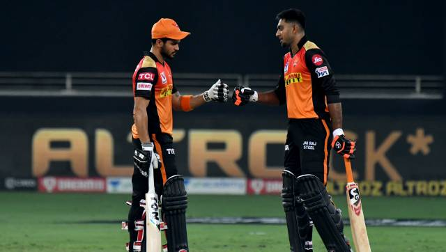 Manish Pandey and VIjay Shankar of SRH during match 40 of season 13 of the Dream 11 Indian Premier League (IPL) between the Rajasthan Royals and the Sunrisers Hyderabad held at the Dubai International Cricket Stadium, Dubai in the United Arab Emirates on the 22nd October 2020. Photo by: Samuel Rajkumar / Sportzpics for BCCI