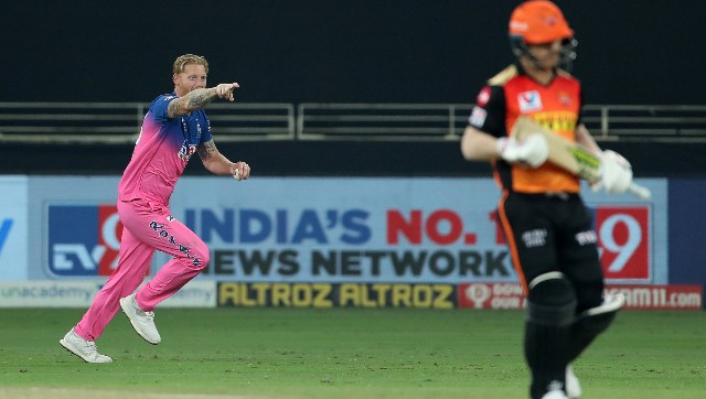 David Warner fell early in SRH chase, but the middle order played well to steer them to victory. Image: Sportzpics