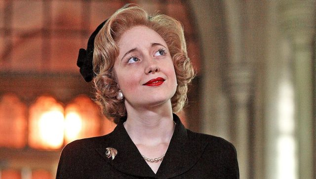 The Crowns Gillian Anderson four other performers open up on how they stepped into Margaret Thatchers shoes