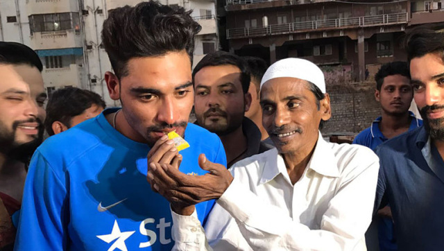 File image of Mohammed Siraj with his father Mohammed Ghouse, who passed away on Friday after losing a battle against a lung ailment. News18